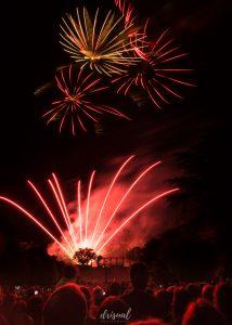 fuegos artificiales en la fiesta del apóstol, santiago de compostela